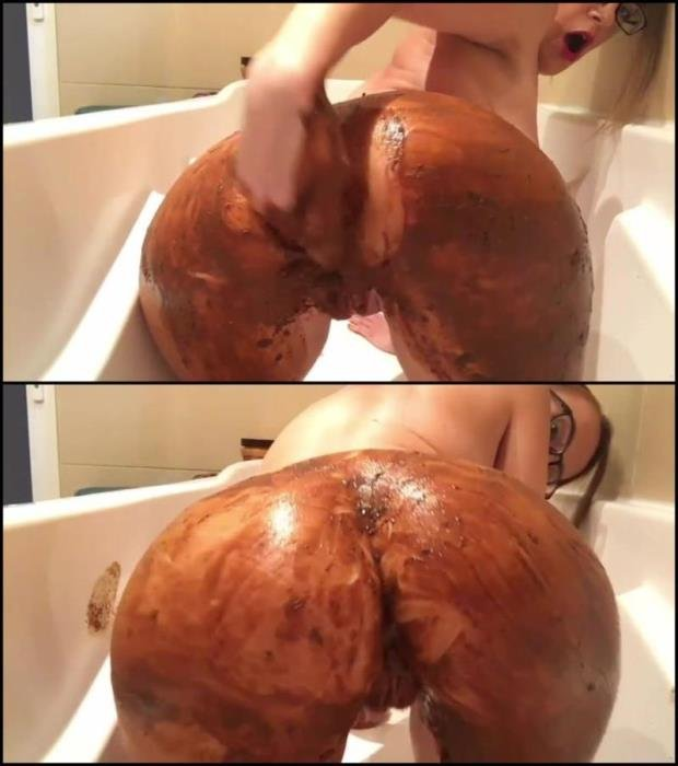 Girl covered feces in bath masturbates dirty anal hole and pussy. - Special #403 [FullHD 1080p] - 1.57 GB