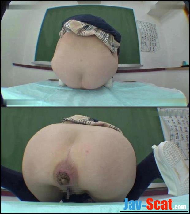 Schoolgirl effort for defecation. - BFFT-01 [FullHD 1080p] - 210 MB
