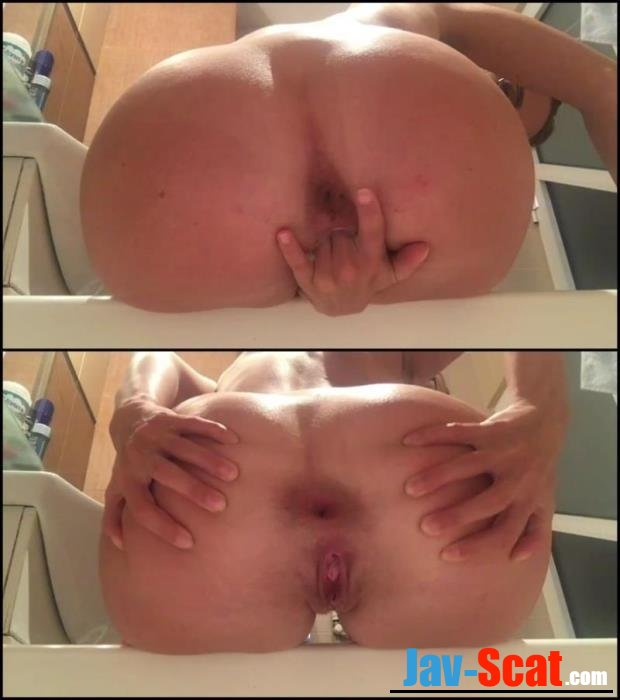 Appetizing ass shitting in bath. - Special #290 [FullHD 1080p] - 767 MB
