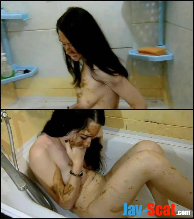 Russian girl covered feces masturbation in bath. - Special #184 [FullHD 1080p] - 1.02 GB
