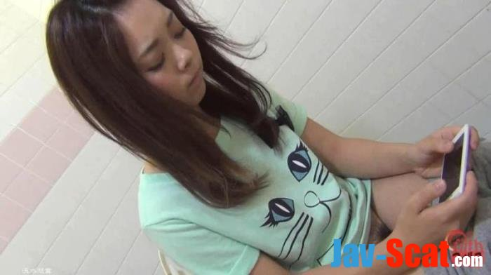 Teens pooping on western toilet. Bowlcam view. - BFFT-08 [FullHD 1080p] - 2.36 GB